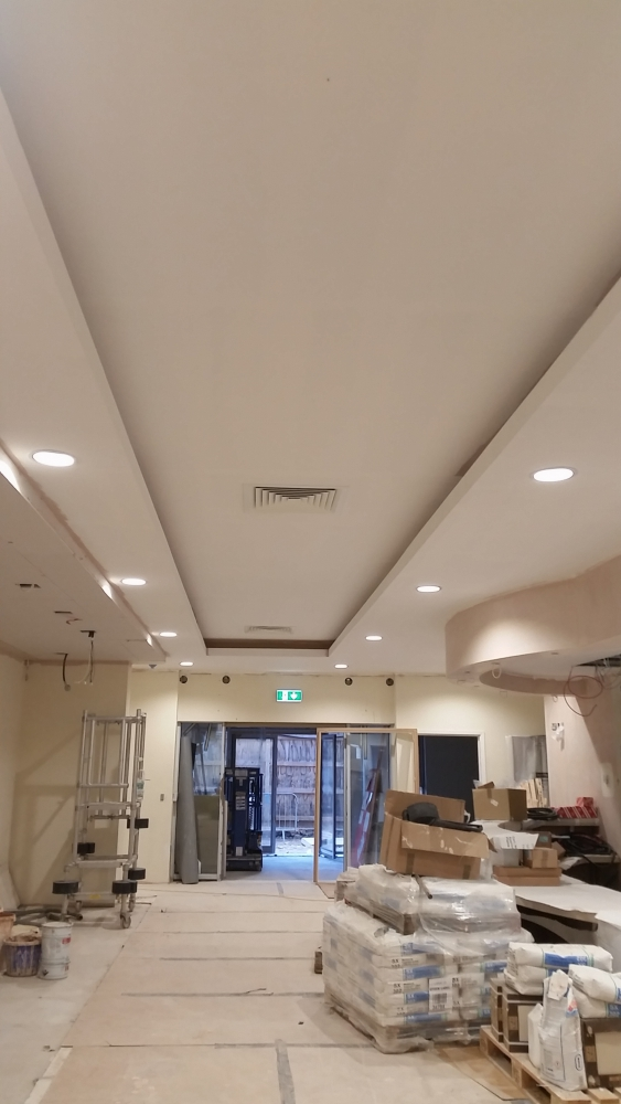 Cambridge Hospital Drylining and Suspended Ceilings - VM